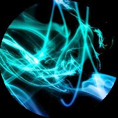 composición abstracta de fondo negro con colores verdosos