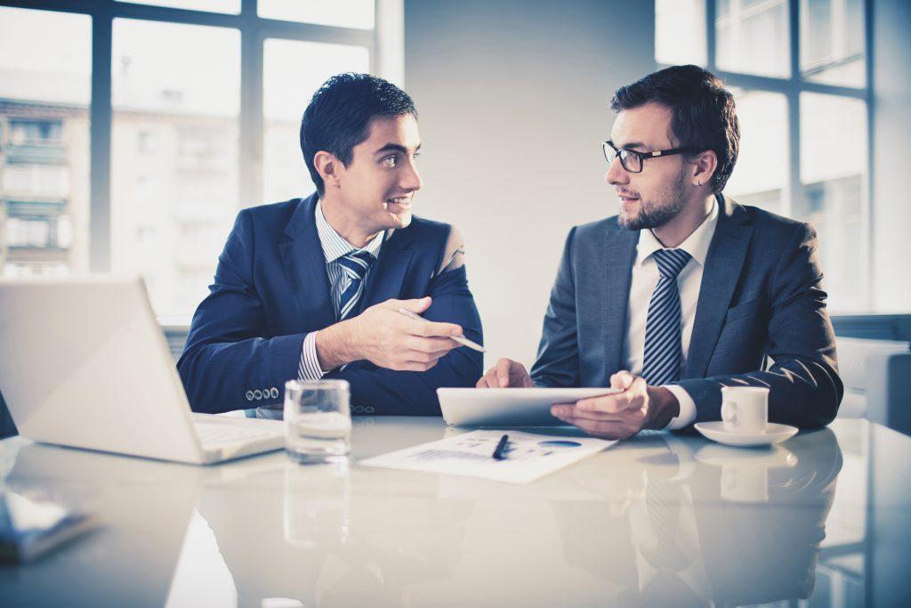 Compañeros de trabajo. Reunión de negocios
